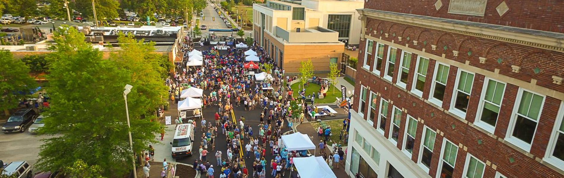 Overhead shot of a crowd of people at the downtown Florence After 5 event